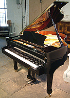 Halle and Voight WG160 grand piano for sale with a black case and polyester finish
