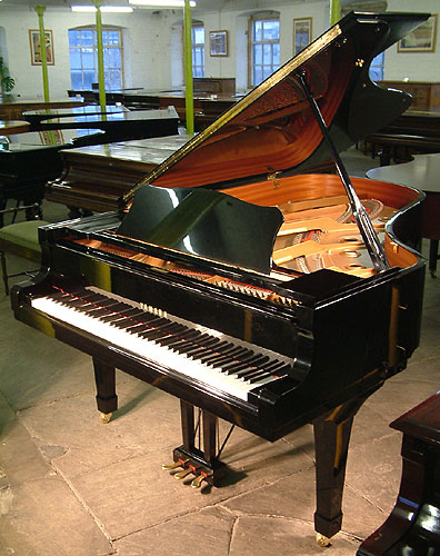 Yamaha C6 grand Piano for sale.
