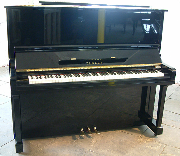 Yamaha u30 upright piano for sale with a black case and for Yamaha piano dealers