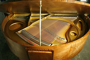 Art-deco Strohmenger baby grand Piano for sale.