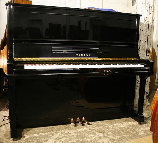 Modern Yamaha U30A Upright Piano For Sale