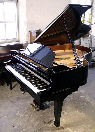 Kawai ca 40 grand piano for sale with a black case modern for Big grand piano