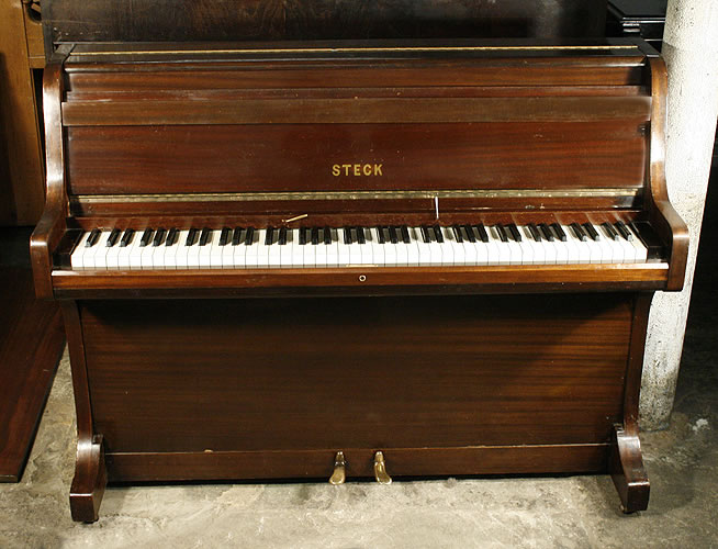 steck upright piano for sale with a mahogany case 750 cheap upright piano specialist. Black Bedroom Furniture Sets. Home Design Ideas