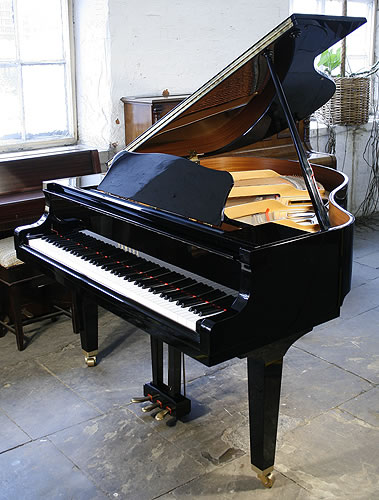 Yamaha ga1 baby grand piano for sale with a black case for Big grand piano