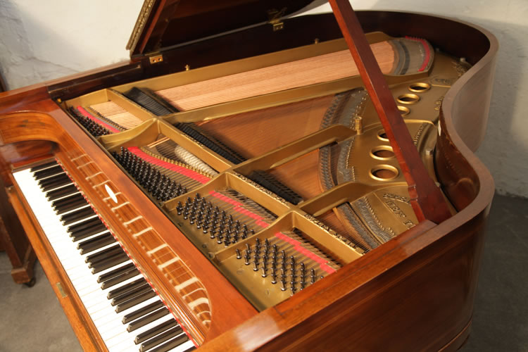 The instrument of this Steinway model M piano is in original condition