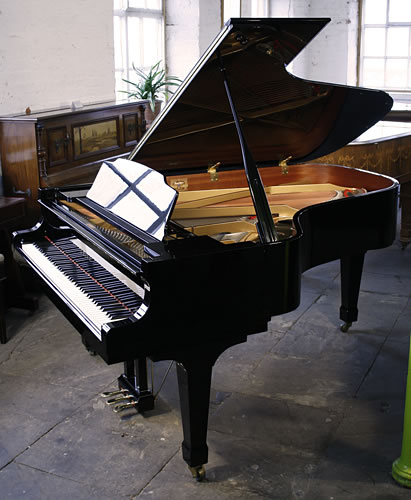 Kawai gs60 grand piano for sale with a black case and for How big is a grand piano
