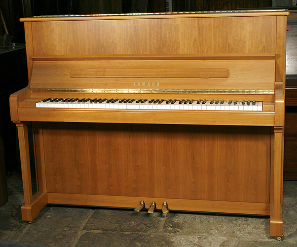 Yamaha p121n upright piano for sale with a satin cherry for Yamaha dgx640c digital piano cherry