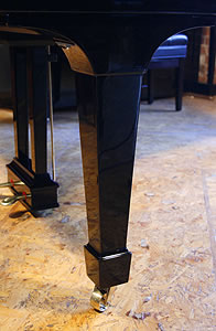Steinway  model M piano leg. We are looking for Steinway pianos any age or condition.