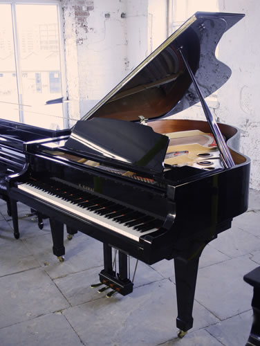Kawai GS40 grand Piano for sale.