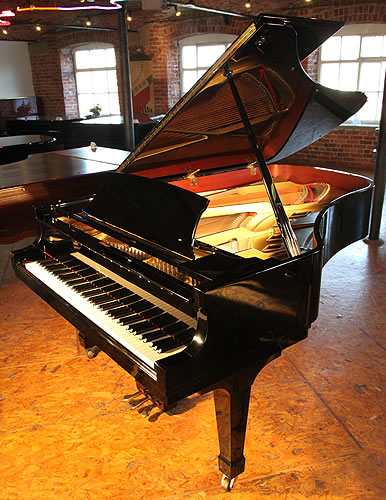 Boston gp218 grand piano for sale with a black case for Big grand piano