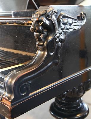 Bechstein griffin detail