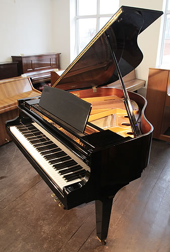 Kawai Ge 1 Baby Grand Piano For Sale With A Black Case And