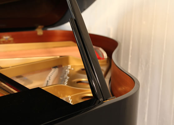 Kawai GE-1 Grand Piano for sale.