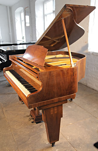 Monington and Weston Baby grand Piano for sale.