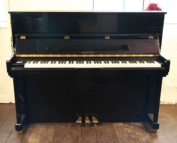 Samick Su 118sb Upright Piano For Sale With A Black Case