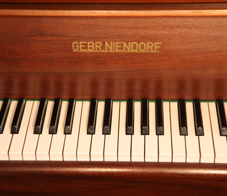 Gebr Niendorf Baby Grand Piano For Sale With A Mahogany