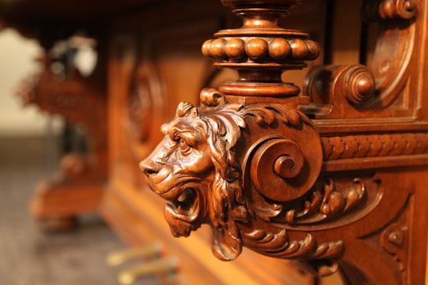 Oscar Gerbstadt piano leg detail featuring a lion's head