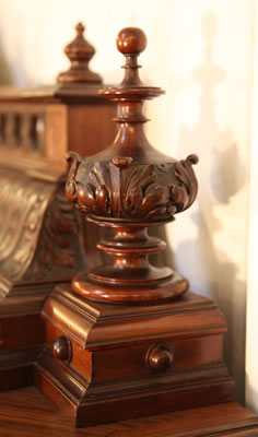 Oscar Gerbstadt piano carved detail