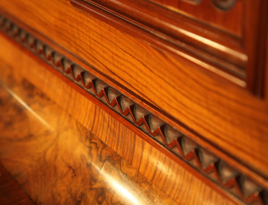 Schmidt carved detail