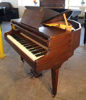 Squire butterfly baby  grand piano for sale. We are looking for Steinway pianos any age or condition.