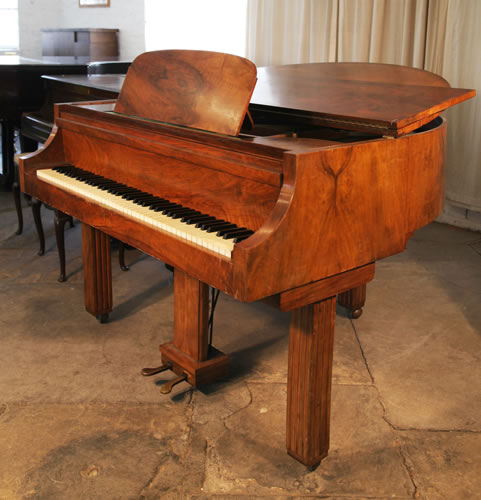 strohmenger art deco baby grand piano for sale with a walnut case art cased strohmenger piano. Black Bedroom Furniture Sets. Home Design Ideas