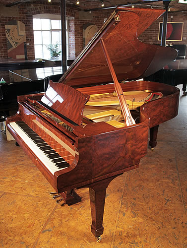 A 1993, Crown Jewels Steinway & Sons Model B Grand Piano For Sale with a Bubinga Case