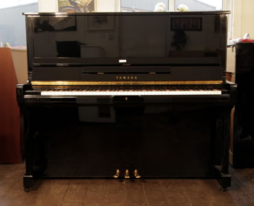 Yamaha SU-131 Upright Piano For Sale