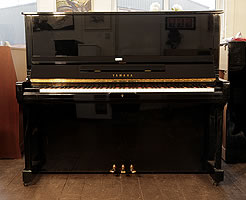 Modern Yamaha SU131 Upright Piano For Sale