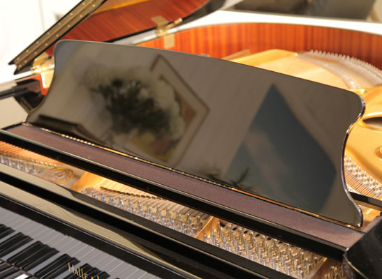 Halle and Voight Grand Piano for sale. We are looking for Steinway pianos any age or condition.