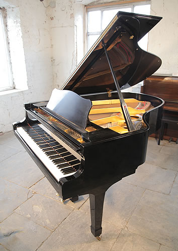 Yamaha c3 grand piano for sale with a black case modern for Yamaha black baby grand piano