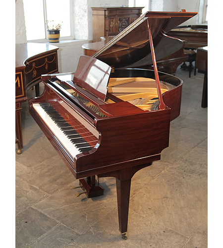 A 1930, Steck Baby Grand Piano with a Mahogany Case and Square, Tapered Legs
