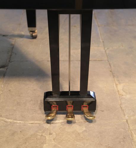 Yamaha three pedal lyre