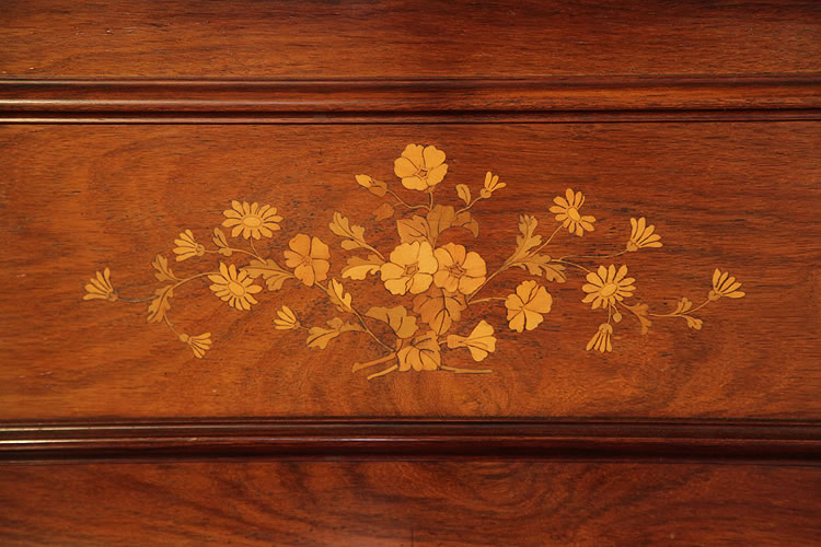 Bord floral inlaid panel