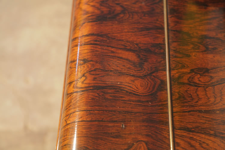 Kirkman rosewood wood grain