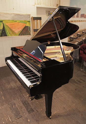 Yamaha g2 grand piano for sale with a black case modern for Big grand piano