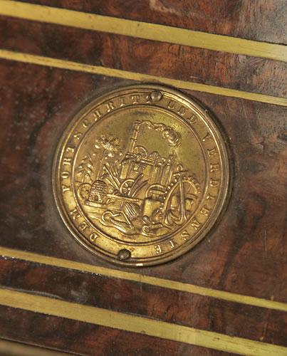 Steingraeber medal on piano fall DEM FORTSCHRIT UND VERDIENSTE - Progress and merits