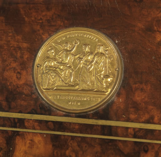 Steingraeber medal on piano fall DEM FORTSCHRITTE WELTAUSSTELLUNG WIEN 1875 - Progress World Fair Vienna 1875