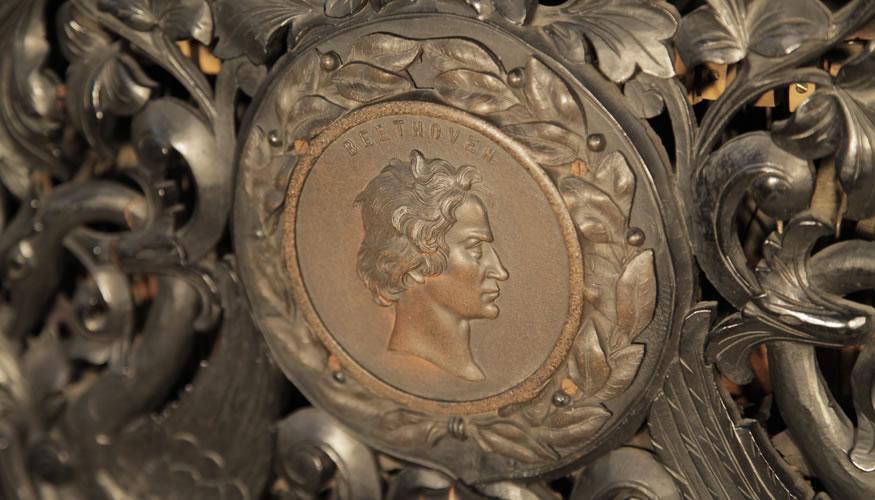 Steingraeber Beethoven head detail
