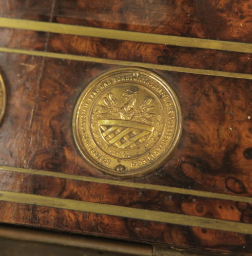 Steingraeber medal on piano fall GEWERBE UND INDUSTRIE LAND UND FORSTWIRTHSCHAFTLICHE AUSTELLUNG IN EGER 1871 - Business and Industry World Fair Eger 1871