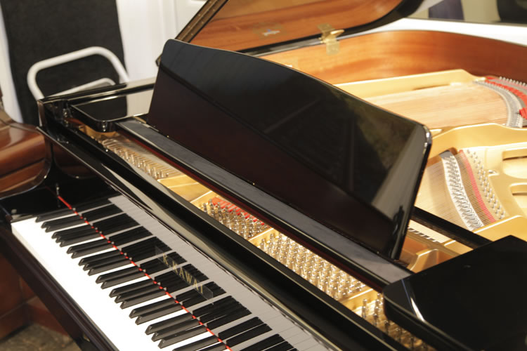 Kawai GM10 Grand Piano for sale. We are looking for Steinway pianos any age or condition.