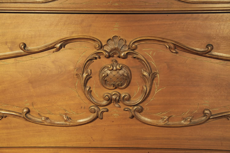 Lamberger & Gloss Rococo style, front panel featuring acanthus, shells and gilt detail