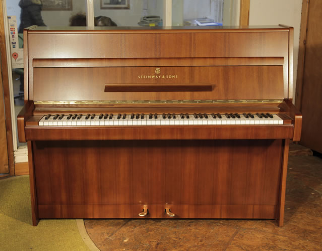 A 1970,   Steinway Model Z Upright Piano For Sale with a Mahogany Case.