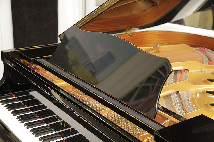 Yamaha GC1 Grand Piano for sale.