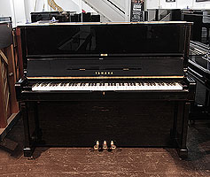 Yamaha U1 vupright Piano