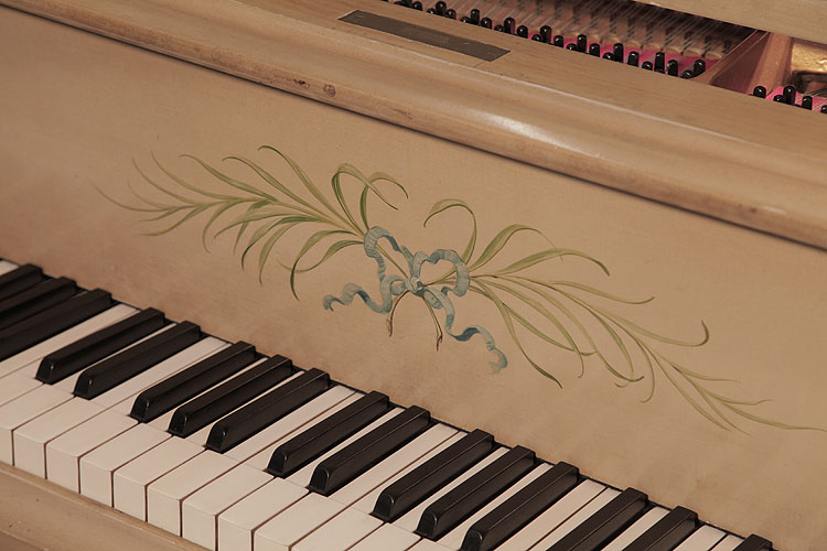 Grand Piano for sale. We are looking for Steinway pianos any age or condition.