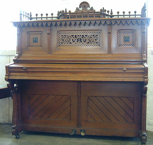 Seiler XB Upright  Piano