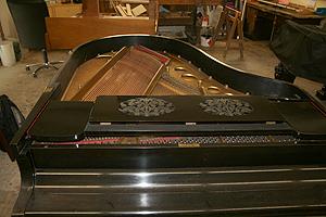 施坦威钢琴翻新前的准备工作