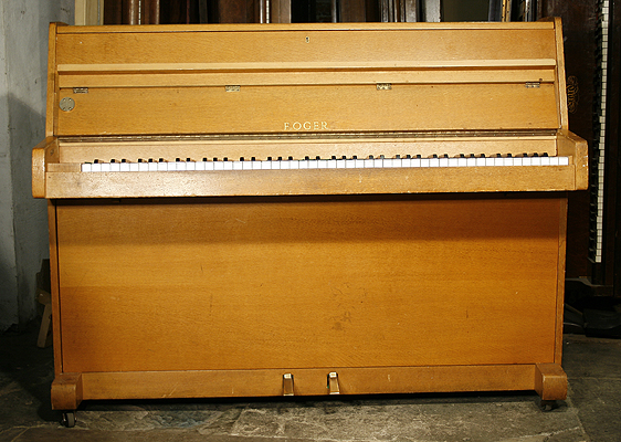 rogers upright piano for sale with a oak case a 1971 rogers piano formerly a leeds college of. Black Bedroom Furniture Sets. Home Design Ideas
