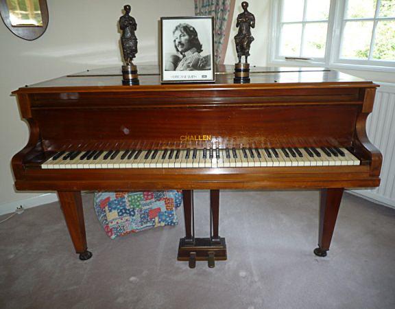 Challen Piano Beatles Challen Baby Grand Piano